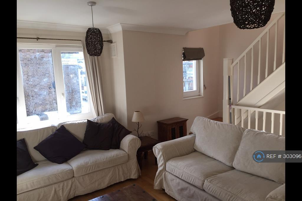 2 bedroom house in Burnthwaite Road, London, SW6