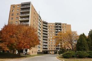 2 Bedroom Windsor Apartment for Rent: Elevators, laundry room