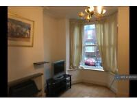 2 bedroom house in Raby Street, Tinsley, S9 (2 bed)