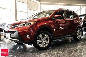 2013 Toyota RAV4 XLE AWD. MOONROOF, ALLOYS, BACK UP CAMERA