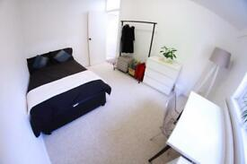Large Beautiful Room Holloway ALL BILLS INCLUDED