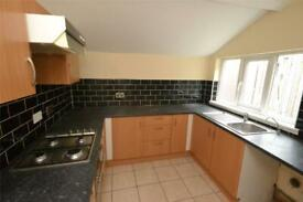 2 bedroom flat in Pasture Street, Grimsby, NE Lincolnshire, DN32