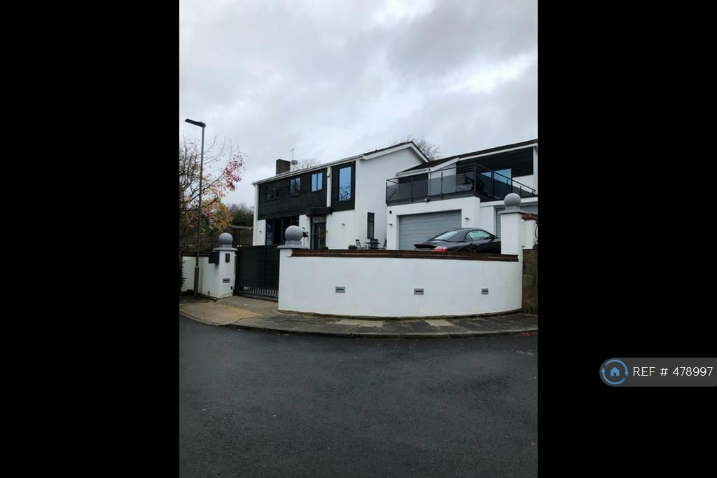5 Bedroom House In Roseneath Close Orpington Br6 5 Bed