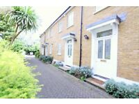 Outstanding 2 bed 2 house in Stepney Green