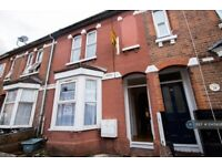 4 bedroom house in Milton Road, Southampton, SO15 (4 bed) (#1045428)