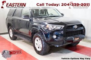 2016 Toyota 4Runner SR5 AWD LEATHER BACK UP CAM NAVIGATION