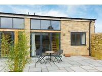 2 bedroom house in Manor Barn Mews, St Lawrence Road, South Hinksey