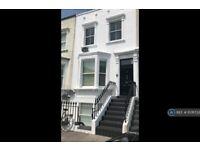 1 bedroom flat in Armadale Road, London, SW6 (1 bed) (#1076733)