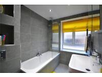 3 bedroom flat in Holly Park, Stroud Green, N4