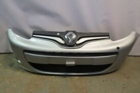 RENAULT KANGOO FRONT BUMPER IN SILVER GENUINE COLOUR CODED ONE 2014-15