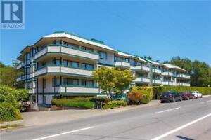 301-1270 Johnson St Victoria, British Columbia