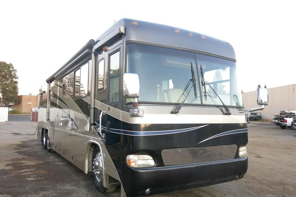 2004  Allure Country Coach Motor home Diesel salvage rebuildable project RV