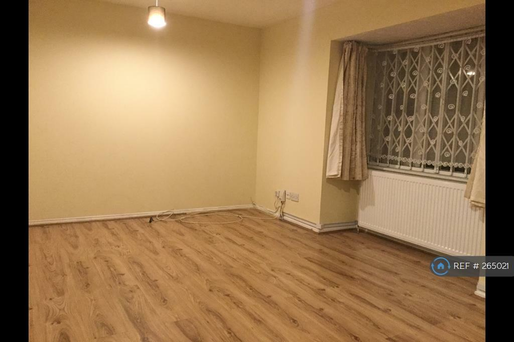 2 bedroom flat in Franklin Way, Croydon, CR0 (2 bed)