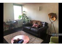 1 bedroom flat in Ashfield Court, London, SW9 (1 bed) (#1196093)
