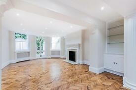 2 bedroom flat in Palace Place Mansions, Kensington Court