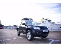 Suzuki Grand Vitara 2011 black 4x4