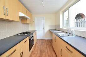 3 bedroom house in Hildyard Street, Grimsby, DN32