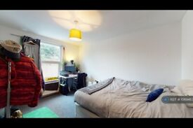 5 bedroom house in Coleman Road, London, SE5 (5 bed) (#1069483)