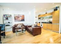 3 bedroom flat in Westferry Road, Canary Wharf, Canary Wharf