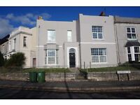 Recently refurbished 6 Bedroom house available for shorty term let just £1000pcm exclusive!