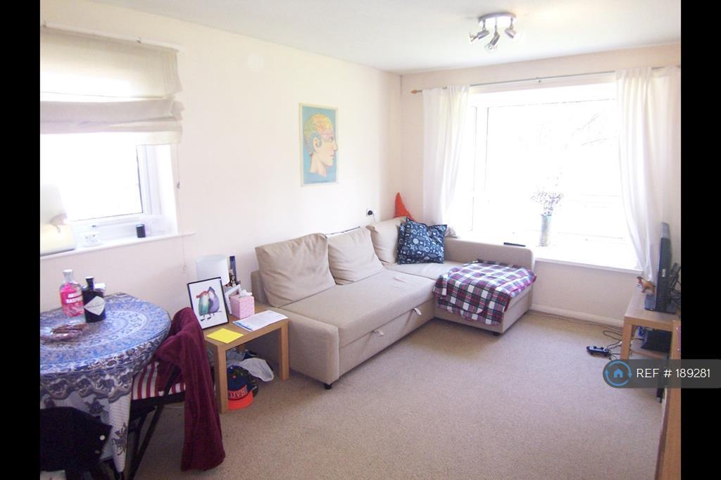 1 bedroom flat in Newton Walk, Leeds, LS7 (1 bed)