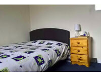 Fully Furnished Bedrom Available in 2-People Flat in Kelvindale 300pcm Flatshare, Flat, Flatmate