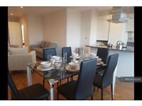3 bedroom flat in Kings Avenue, London, SW4 (3 bed)