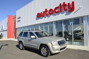 2010 Jeep Grand Cherokee Limited | UConnect | Leather | Sunroof