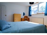Lovely double room to rent in 2 bedroom flat