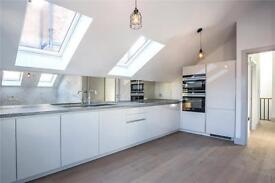 2 bedroom flat in Tara Mews, Crouch End, N8