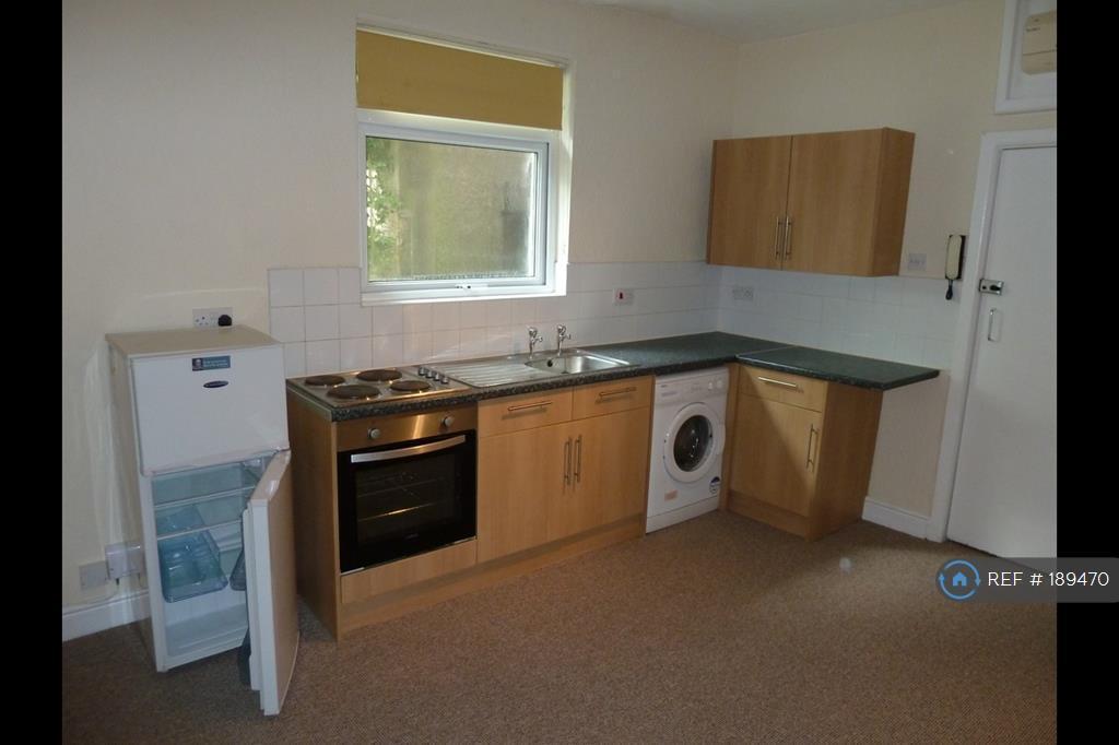 1 bedroom flat in Chepstow Road, Newport, NP19 (1 bed)