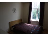 Single Room....... Carmarthen Town Center