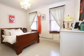 2 bedroom house in Helena Road, LONDON, E13