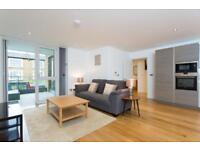 2 bedroom flat in Glenbrook, Glenthorne Road, Hammersmith W6