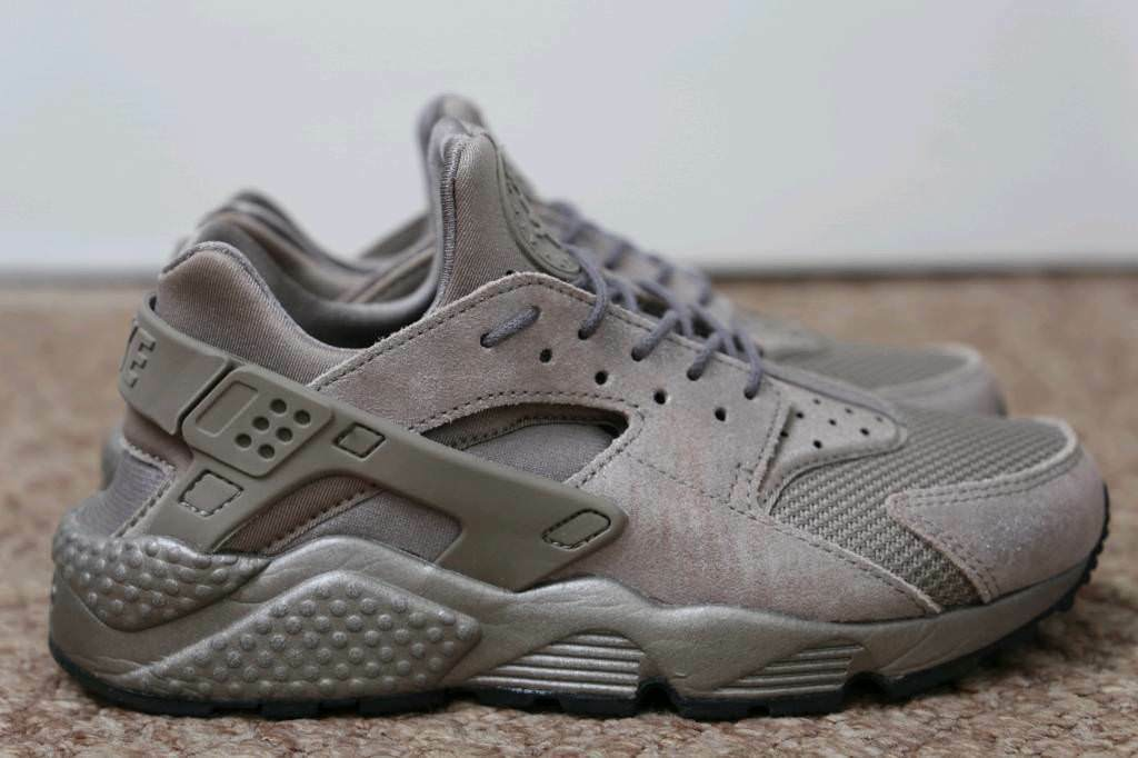 93ff6adc0abe Nike Air Huarache Run PRM  Size UK 4.5  Brand New With the Box ...