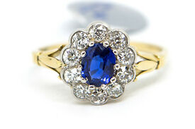 Vintage Edwardian Sapphire and Diamond Cluster Ring (circa 1910) for sale
