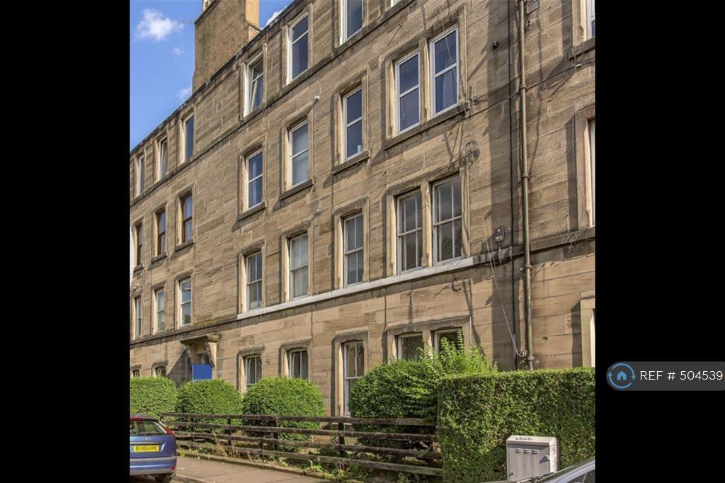 2 Bedroom Flat In Murieston Terrace Edinburgh EH11 Bed