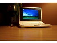 Tiny Asus Eee PC 701 Notebook PC Netbook - Windows XP