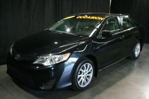 2014 Toyota Camry LE**TOIT/CAMÉRA RECUL/MAGS** SEULEMENT 62 209K