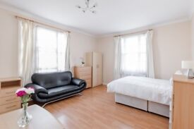 2 bedroom flat to let on Abbey Road, London NW8