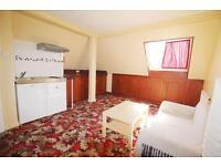 1 bedroom flat in Northumberland Road, Barnet, EN5