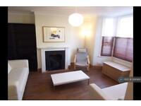 3 bedroom house in Kenilford Road, London, SW12 (3 bed)