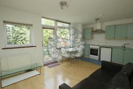 1 bedroom flat in Manstone Road, London