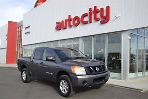 2015 Nissan Titan SL | V8 Power | Like New! | Low KM's |