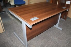 Walnut Straight desk workstation Steel legs 1200 mm wide