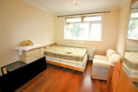 Newly Refurbished Studio Flat Available!