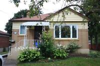 ****** WHITBY BUNGALOW FOR RENT NOV 1**************