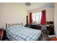 Large 4 bedroom flat with no lounge in SE1 ZONE1