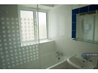 1 bedroom in Kilburn Gate, London, NW6