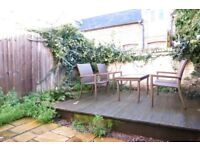 Stunning 2 Double Bedroom House In The Heart Of Raynes Park With Private Garden !!!!